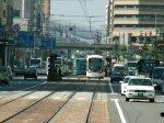 Zu Fuß kommt man am schnellsten voran. Die Straßenbahnen sind unglaublich langsam und fahren in einer Art Zick-Zack durch die Stadt.
